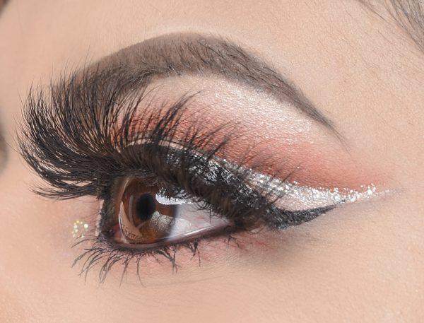 Adis Beauty - Diva Diamond Lashes